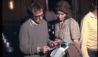 Woody Allen en Letty Aronson in Woody Allen: A Documentary