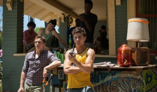 Dave Franco en Zac Efron in Bad Neighbours