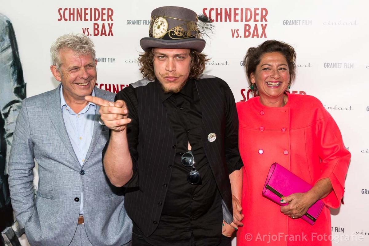 Family photo of the actor, married to Annet Malherbe, famous for Bij het Kanaal naar Links.