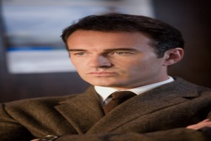 Julian McMahon in Premonition