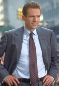 Ralph Fiennes in Maid in Manhattan
