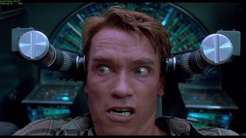 Still uit de originele film met Arnold Schwarzenegger in de hoofdrol