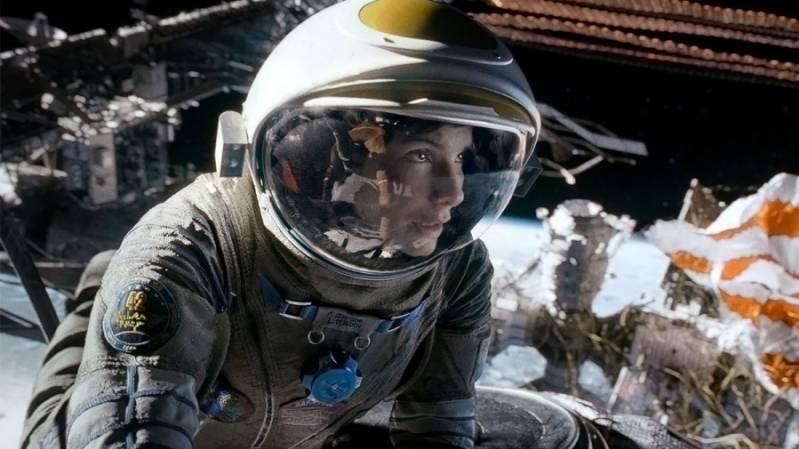Gravity (c) Warner Bros