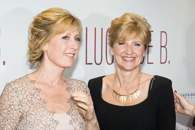 Ariane SChluter en de echte Lucia de Berk (rechts) (c) Arjo Frank