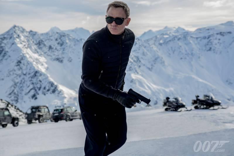 Komt er een James Bond musical?