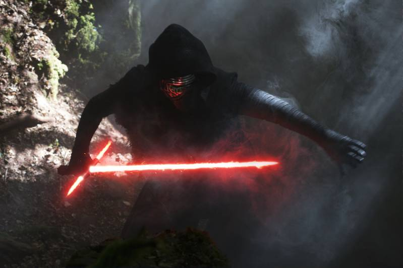 Star Wars: The Force Awakens..Kylo Ren (Adam Driver)..Ph: David James..?Lucasfilm 2015