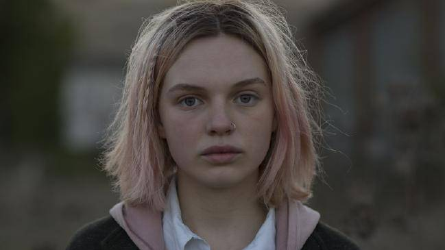 Interview Odessa Young - The Daughter