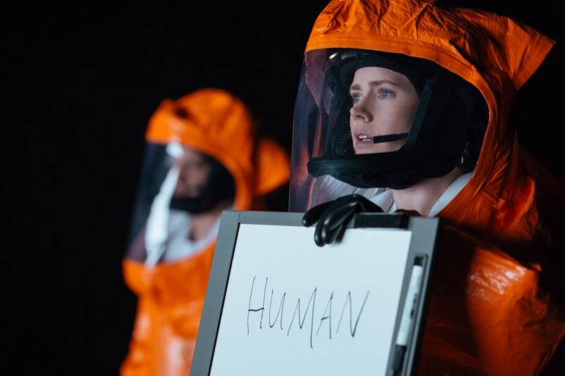 Amy Adams as Louise Banks in ARRIVAL by Paramount Pictures, © 2016 PARAMOUNT PICTURES. ALL RIGHTS RESERVED.