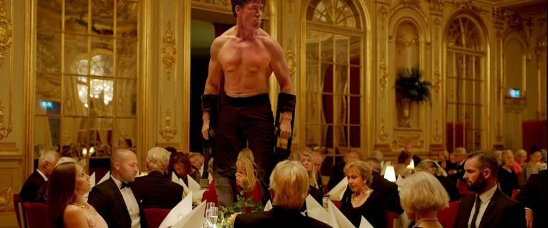 De Deense acteur Claes Bang kreeg een onderscheiding voor beste acteur in de film The Square.