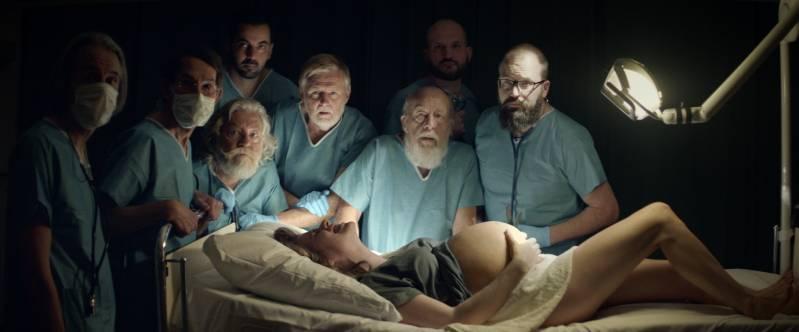 Still uit de film 'Weeën', genomineerd voor een Gouden Kalf.