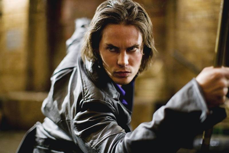 In X-Men: Origins speelde Taylor Kitsch een korte rol als Gambit.