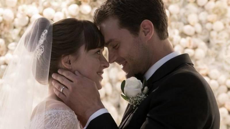 Dakota Johnson en Jamie Dornan genieten van hun huwelijk zolang het kan.