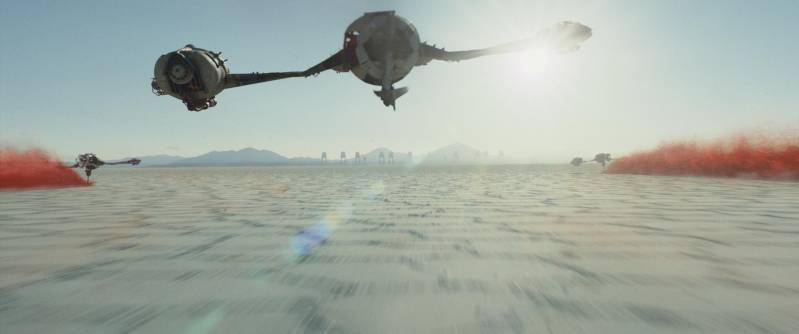 Bezoekers kunnen echte filmrekwisieten uit Star Wars bezichtigen.