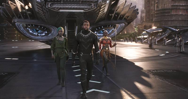 Lupita Nyong'o, Chadwick Boseman en Danai Gurira in Wakanda Nyong'o in Black Panther (2018) | © Marvel Studios