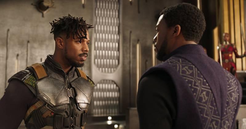 Michael B. Jordan en Chadwick Boseman in 'Black Panther'.