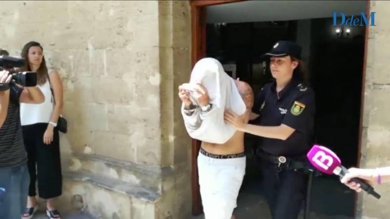 Beeld uit video arrestatie van de verdachte moord op Wouter van Luijn (c) 2018 Diario de Mallorca