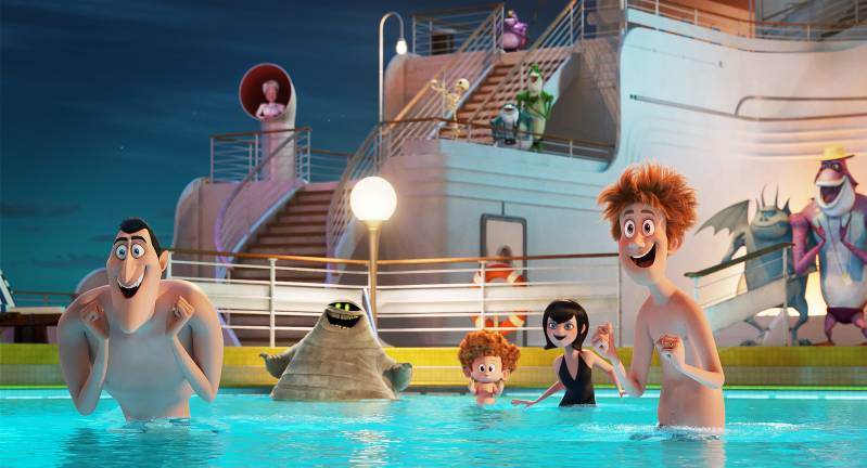 Dracula (Adam Sandler), Mummy (Keegan-Michael Key), Dennis (Asher Blinkoff), Mavis (Selena Gomez) and Jonathan (Andy Samber) in Sony Pictures Animation's HOTEL TRANSYLVANIA 3: SUMMER VACATION., © 2018