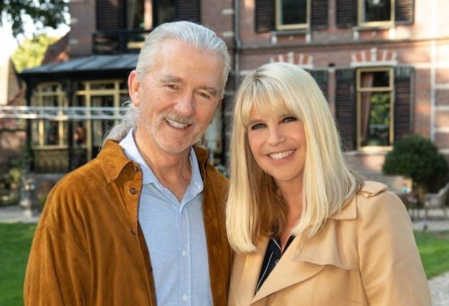 Patrick Duffy en Linda de Mol op de set van April, May en June © 2018 Roy Beusker