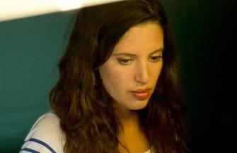 Sacha Polak in haar documentaire Nieuwe Tieten (2013)