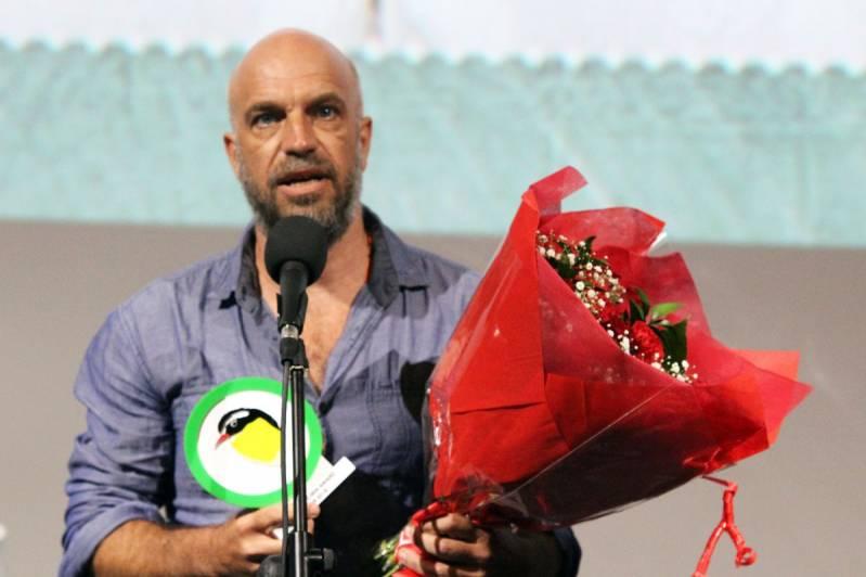 Mauro Colombo wint Yellow Robin Award © 2019 IFFR