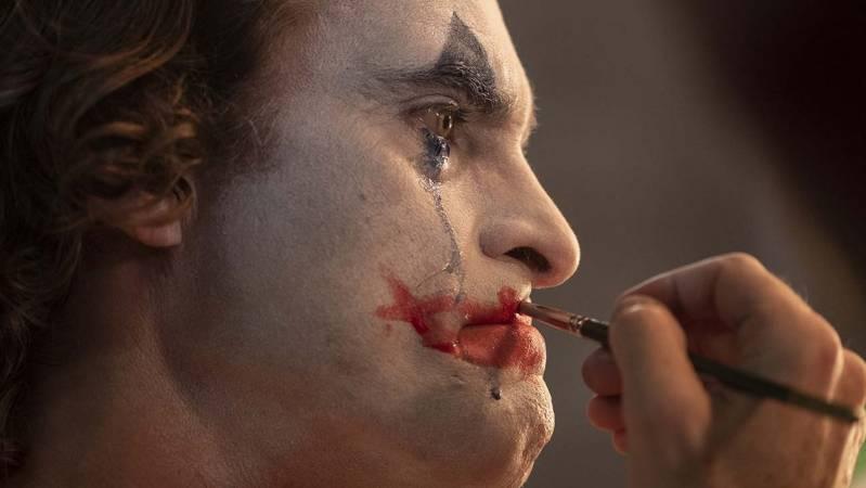 Joaquin Phoenix als de Joker © 2019 Warner Bros. Entertainment