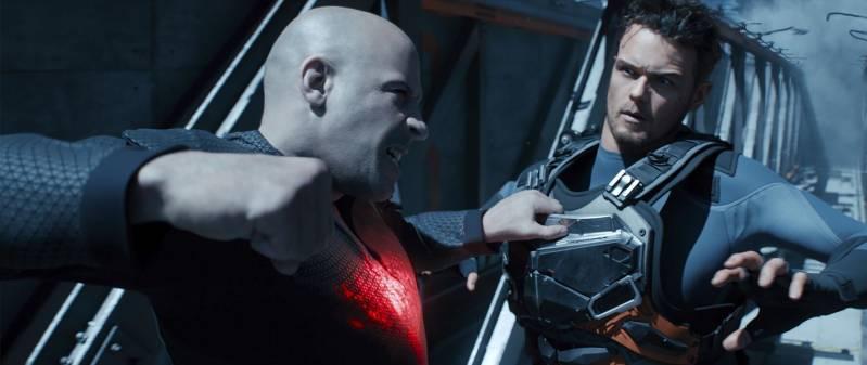 Vin Diesel en Sam Heughan in BLOODSHOT © 2020 Universal Pictures International