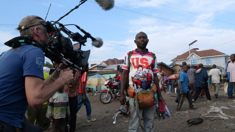 Still uit Stop Filming Us © 2020 DOXY Films