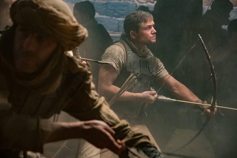 Taron Egerton als Robin Hood