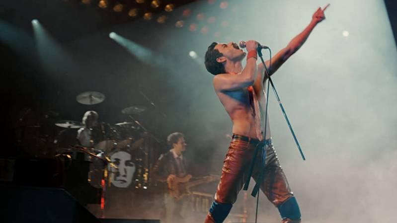 Joseph Mazzello, Rami Malek en Ben Hardy in Bohemian Rhapsody (2018)