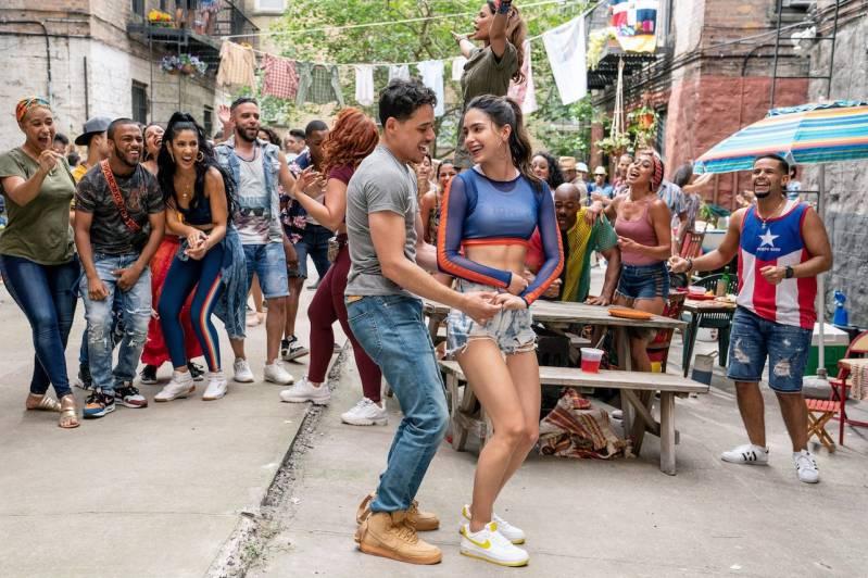 Still uit In The Heights, de filmadaptatie van de broadway musical van musical-genie Lin-Manuel Miranda komt waarschijnlijk uit enkel op HBO Max op 18 juni 2021 © 2021 Macall Polay  Warner Bros.