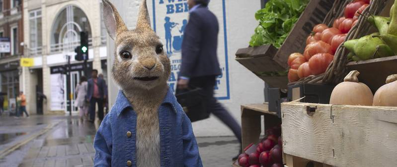Peter Rabbit (James Corden) in Columbia Pictures' PETER RABBIT? 2: THE RUNAWY., © 2020 CTMG, Inc.  All Rights Reserved. SONY PICTURES ENTERTAINMENT INC.