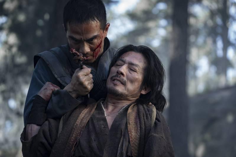 Hiroyuki Sanada en Joe Taslim in Mortal Kombat (2021)