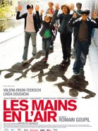 Les mains en l'air poster